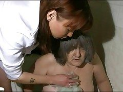 Nurse takes granny be advisable for their way bath
