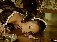 Black-hearted Sophie Lynx takes carry the wand in her forged