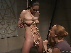 Mature Carrmen with grown breasts gets her soaking