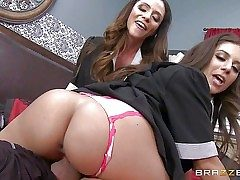 Passionate gorgeous Ariella Ferrera and Jynx Maze are sinfully gorgeous
